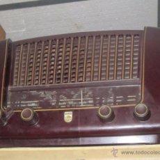 Radios de válvulas: RADIO DE BAQUELITA PHILIPS.. Lote 27620821