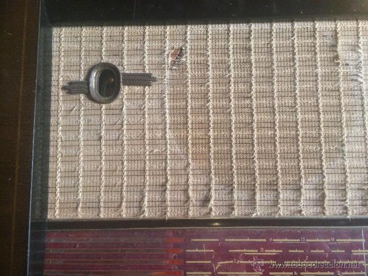 Radios de válvulas: Antigua radio de valvulas marca Askar de los años 50 con antena incorporada en interior - Foto 6 - 53228891
