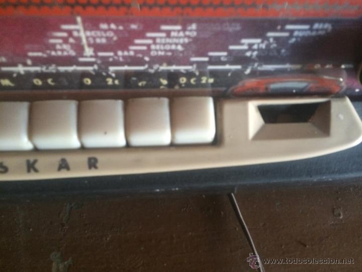 Radios de válvulas: Antigua radio de valvulas marca Askar de los años 50 con antena incorporada en interior - Foto 8 - 53228891