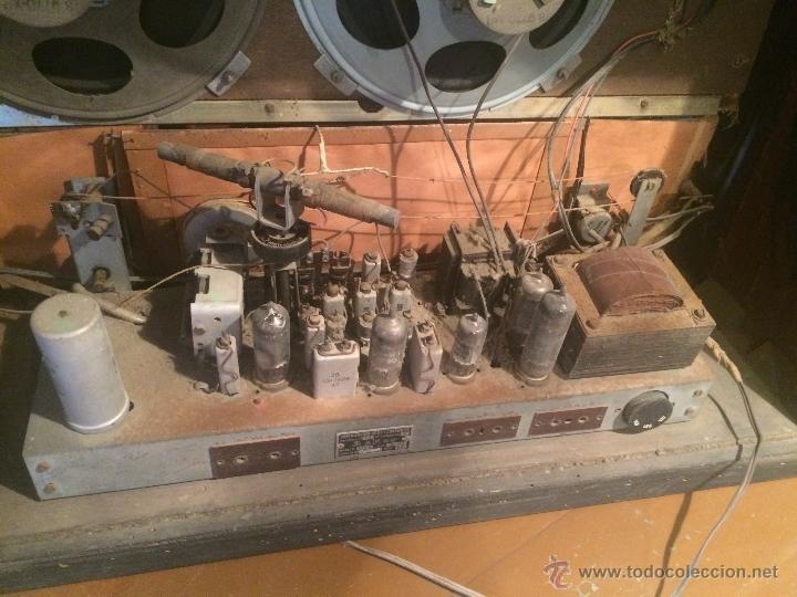 Radios de válvulas: Antigua radio de valvulas marca Askar de los años 50 con antena incorporada en interior - Foto 16 - 53228891