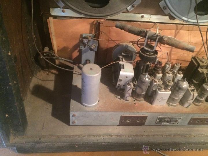 Radios de válvulas: Antigua radio de valvulas marca Askar de los años 50 con antena incorporada en interior - Foto 19 - 53228891