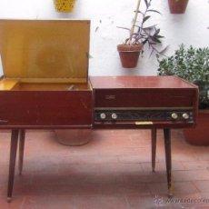 Radios de válvulas: RADIO TOCADISCOS PHILIPS STUDIO DESCRIPCION E IMAGENES DETALLADAS. Lote 53761855