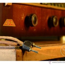 Radios de válvulas: RADIO ANTIGUA MARCA LYR. NO FUNCIONA.. Lote 53820306