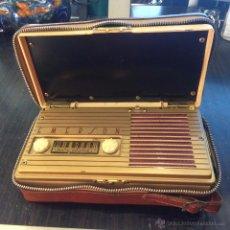 Radios de válvulas: RADIO/TRANSISTOR A VALVULAS EMERSON MODELO 558 DEL AÑO 1947. Lote 53971723