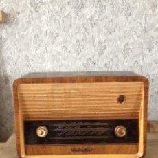 Radios de válvulas: RADIO IMPRESIONANTE LA VOZ DE SU AMO MODELO 1134. Lote 54468593