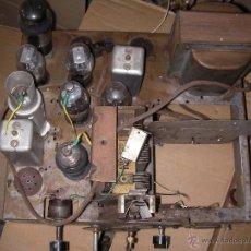 Radios de válvulas: ANTIGUO CHASIS DE RADIO A LAMPARAS O VALVULAS. Lote 100334626