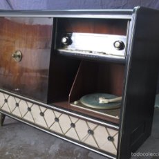 Radios de válvulas: MUEBLE MUSICAL BLAUPUNKT AÑOS 40. Lote 54809317