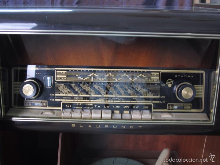 Radios de válvulas: Mueble musical Blaupunkt años 40 - Foto 4 - 54809317