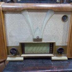Radios de válvulas: RADIO AÑOS 50 FUNCIONANDO CON MARCA. Lote 54988308