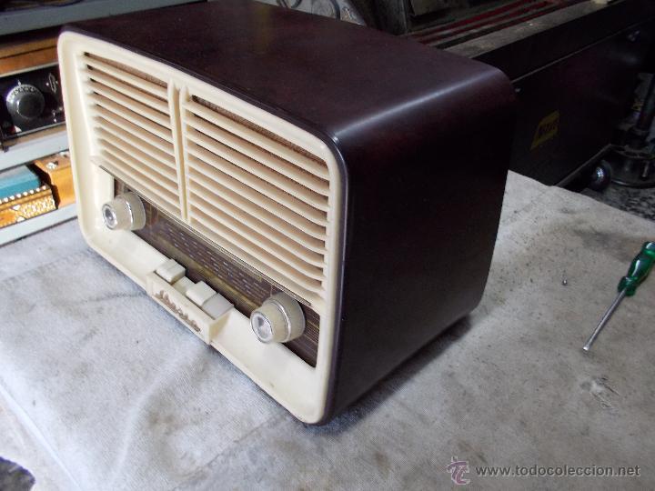 Radios de válvulas: Radio Iberia D-312 - Foto 3 - 55077308