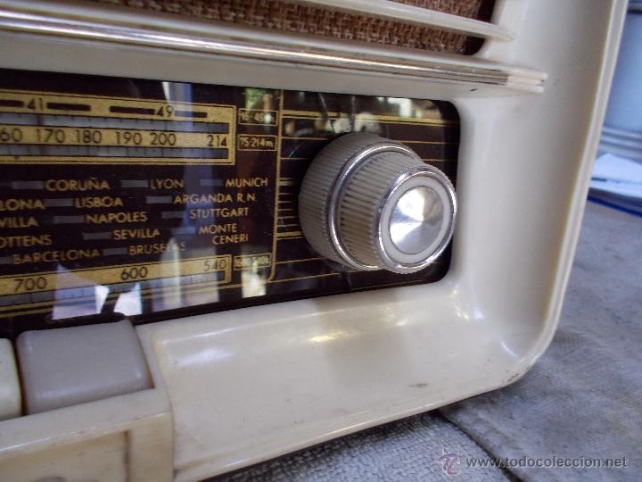 Radios de válvulas: Radio Iberia D-312 - Foto 5 - 55077308