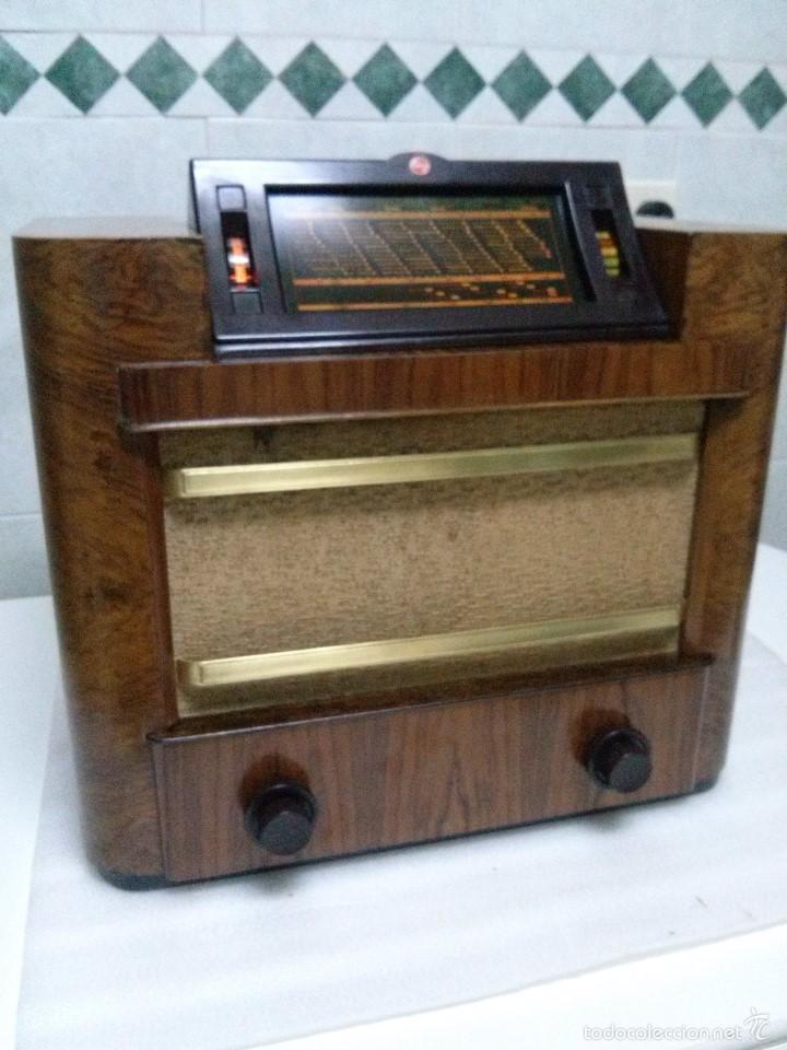Radios de válvulas: ANTIGUA PHILIPS 695 A (1936) FUNCIONANDO Y EN BUEN ESTADO . VER VÍDEO - Foto 2 - 55158880