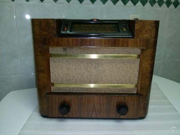 Radios de válvulas: ANTIGUA PHILIPS 695 A (1936) FUNCIONANDO Y EN BUEN ESTADO . VER VÍDEO - Foto 5 - 55158880