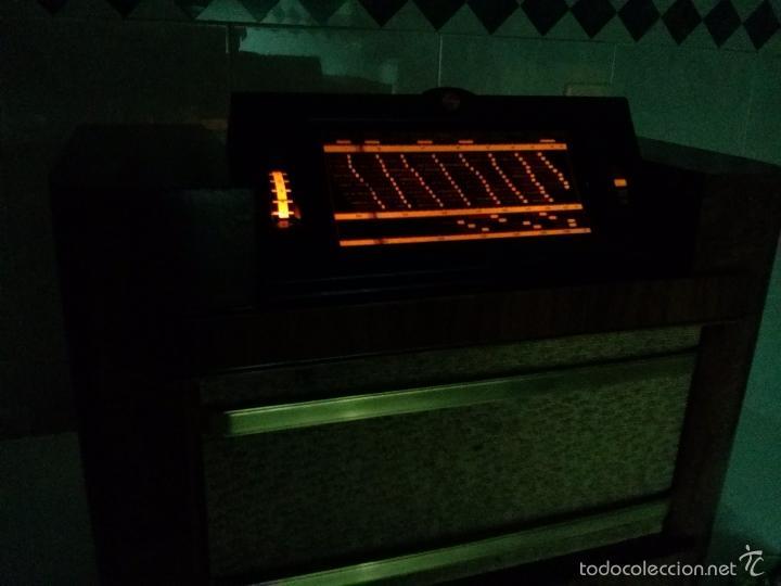 Radios de válvulas: ANTIGUA PHILIPS 695 A (1936) FUNCIONANDO Y EN BUEN ESTADO . VER VÍDEO - Foto 14 - 55158880