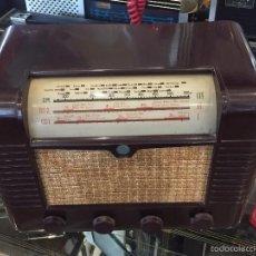 Radios de válvulas: RADIO A VALVULAS MARCONI MODELO P51BA CAJA DE BAQUELITA DEL AÑO 1949. Lote 55899915