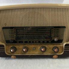 Radios de válvulas: RADIO IBERIA RE-64 MODELO F-25553 5 VALVULAS. Lote 56007190
