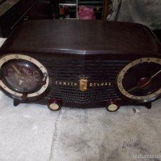 Radios de válvulas: RADIO ZENITH DELUXE FUNCIONANDO. Lote 56081152