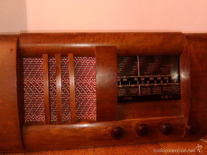 Radios de válvulas: RADIO MUY ANTIGUA FUNCIONA MUY BIEN - Foto 2 - 56568230