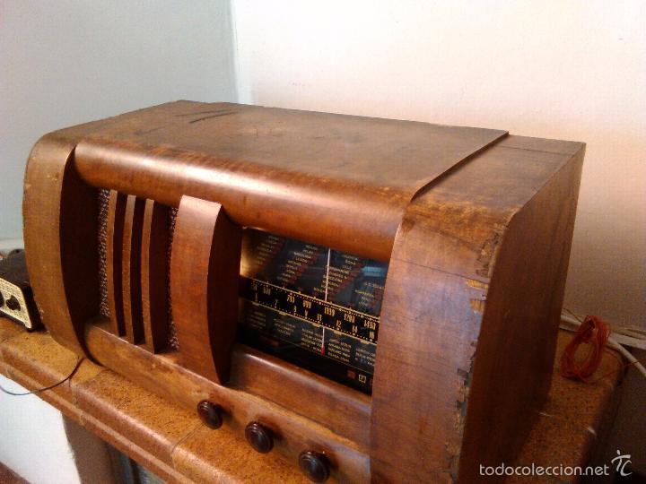 Radios de válvulas: RADIO MUY ANTIGUA FUNCIONA MUY BIEN - Foto 3 - 56568230