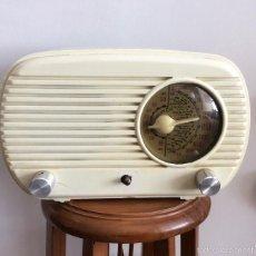 Radios de válvulas: RADIO DE VALBULAS DE BAQUELITA DE LABORATORIO ELECTRÓNICA INDUSTRIAL LEÍ. Lote 56597287