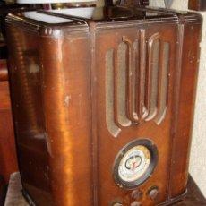 Radios de válvulas: PRECIOSA RADIO DE CAPILLA. FRANCESA. GAROD. EN FUNCIONAMIENTO Y CON REPUESTOS.. Lote 57011190
