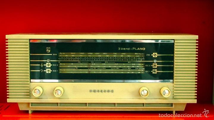 RADIO PHILIPS ANTIGUA VALVULAS 3 BAND PLANO VINTAGE AÑOS 60 (Radios, Gramófonos, Grabadoras y Otros - Radios de Válvulas)