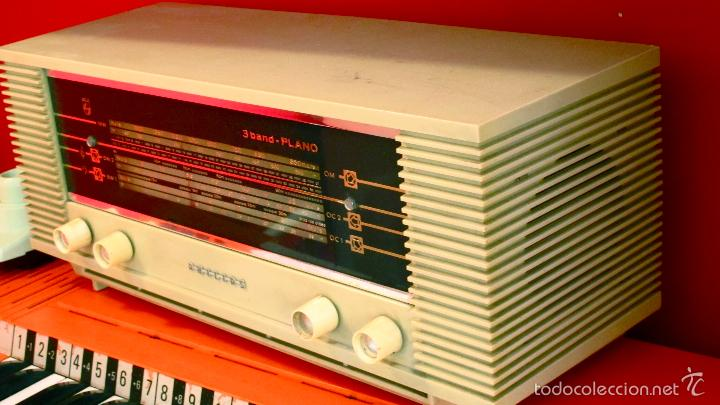 Radios de válvulas: RADIO PHILIPS ANTIGUA VALVULAS 3 BAND PLANO VINTAGE AÑOS 60 - Foto 5 - 57618645