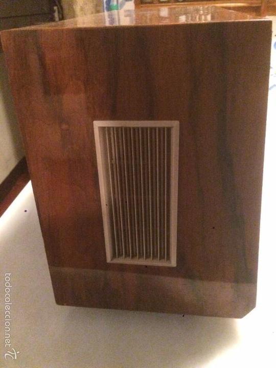 Radios de válvulas: Antigua radio a Válvulas marca Magestic Jet con caja de madera y dial rectangular de cristal años 60 - Foto 10 - 58447051