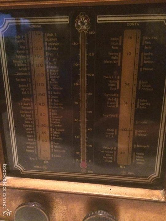 Radios de válvulas: Antigua radio a Válvulas de madera y dial cuadrado de cristal años 30-40 - Foto 3 - 58447279