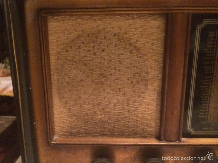 Radios de válvulas: Antigua radio a Válvulas de madera y dial cuadrado de cristal años 30-40 - Foto 5 - 58447279
