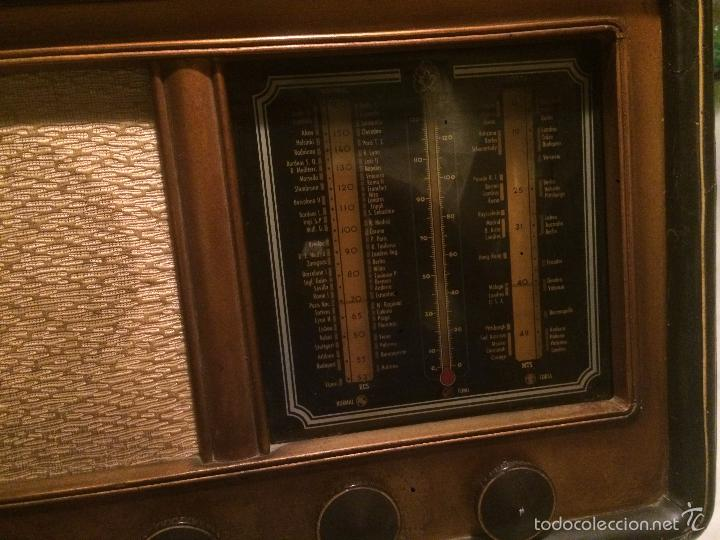 Radios de válvulas: Antigua radio a Válvulas de madera y dial cuadrado de cristal años 30-40 - Foto 14 - 58447279