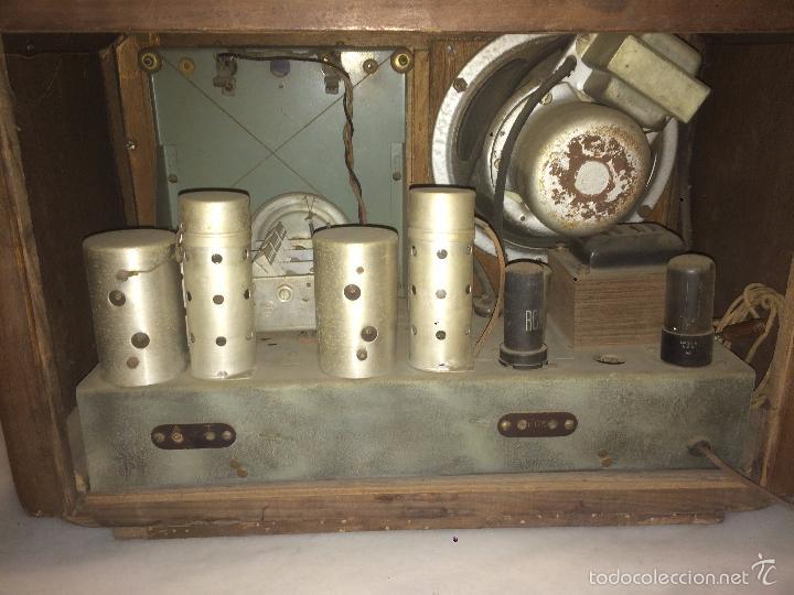 Radios de válvulas: Antigua radio a Válvulas de madera y dial cuadrado de cristal años 30-40 - Foto 16 - 58447279