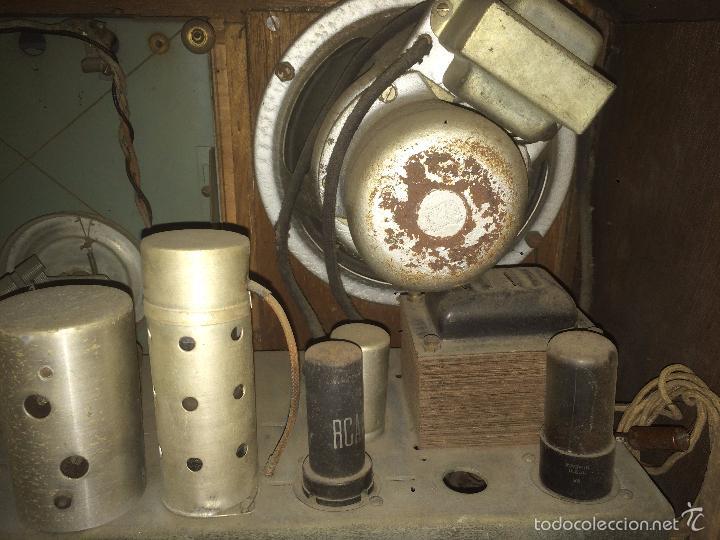 Radios de válvulas: Antigua radio a Válvulas de madera y dial cuadrado de cristal años 30-40 - Foto 17 - 58447279