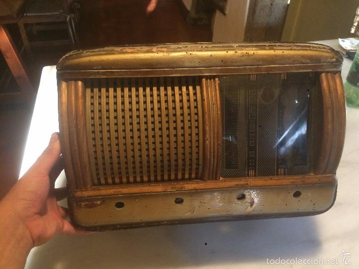 ANTIGUA RADIO A VÁLVULAS DE MADERA Y DIAL CUADRADO DE CRISTAL AÑOS 40 RADIO MARCA BRUNET (Radios, Gramófonos, Grabadoras y Otros - Radios de Válvulas)