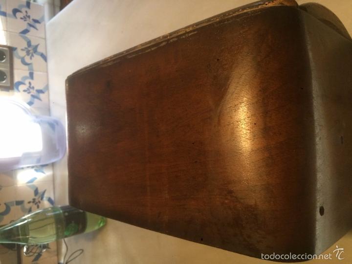 Radios de válvulas: Antigua radio a Válvulas de madera y dial cuadrado de cristal años 40 radio marca Brunet - Foto 4 - 58447353