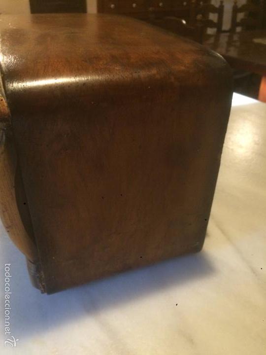 Radios de válvulas: Antigua radio a Válvulas de madera y dial cuadrado de cristal años 40 radio marca Brunet - Foto 13 - 58447353