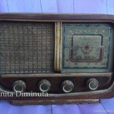 Radios de válvulas: ANTIGUA Y PRECIOSA RADIO ULTRASON RADIO ALBACETE - CON UNA BONITA PLACA DECORADA COMO UNA ESTRELLA C. Lote 58708940