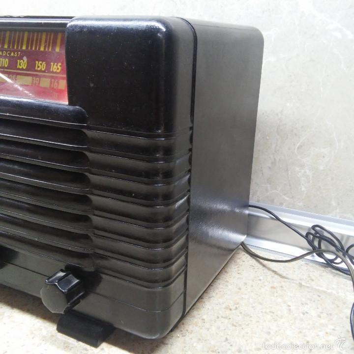 Radios de válvulas: VINTAGE, PRECIOSA RADIO ANTIGUA DE VALVULAS AMERICANA EN BAQUELITA NEGRA * FUNCIONANDO * - Foto 3 - 59864928