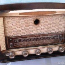 Radios de válvulas: RADIO DE VÁLVULAS ANTIGUA. MARCA ECR. PARA RESTAURAR O DECORAR:. Lote 59932719
