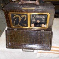 Radios de válvulas: RADIO ADMIRAL PORTATIL. Lote 59996451