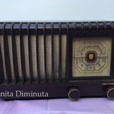 Radios de válvulas: ANTIGUA Y PRECIOSA RADIO EN BAQUELITA - PHILIPS - BE - 392 - A - CON TODAS SUS LAMPARAS - BAQUELITA . Lote 60299219