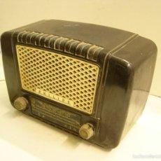 Radios de válvulas: RADIO PHILIPS DE BAQUELITA. Lote 60527811