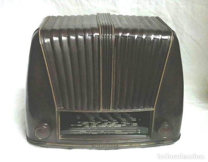 TELEFUNKEN TROVADOR U1653 AÑO 1953, BAQUELITA EN BUEN ESTADO, FUNCIONA. (Radios, Gramófonos, Grabadoras y Otros - Radios de Válvulas)
