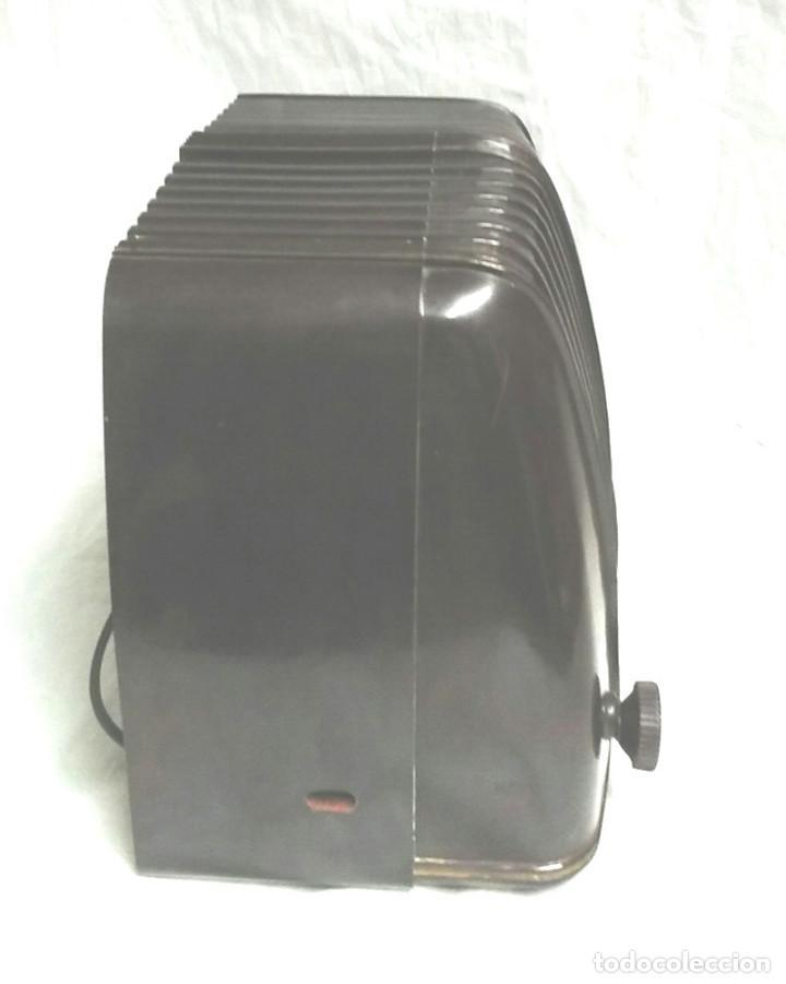 Radios de válvulas: Telefunken Trovador U1653 año 1953, baquelita en buen estado, funciona. - Foto 2 - 103767455