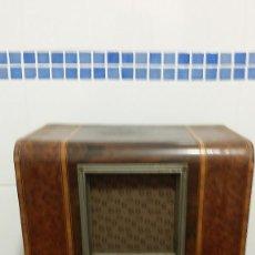 Radios de válvulas: RADIO ANTIGUA DE VALVULAS. Lote 62164388