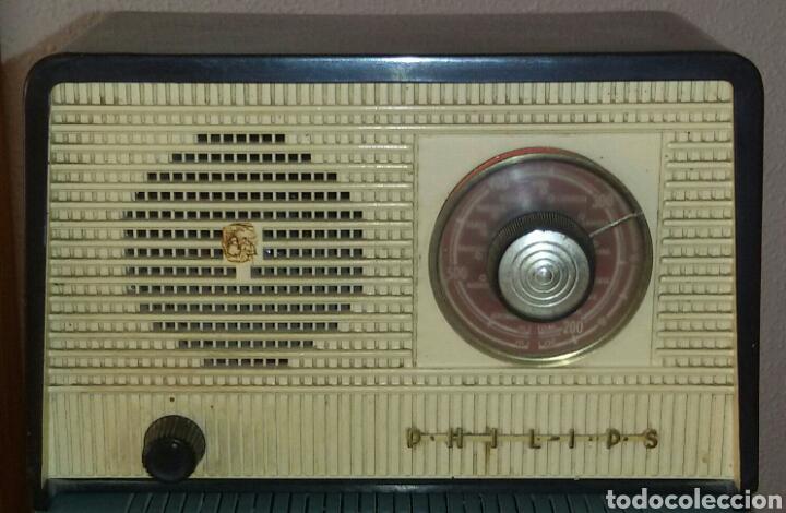 Radios de válvulas: Antigua Radio Philips y transformador Luz. - Foto 2 - 62594566