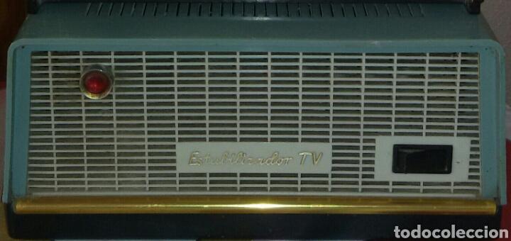 Radios de válvulas: Antigua Radio Philips y transformador Luz. - Foto 3 - 62594566