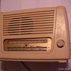Radios de válvulas: ANTIGUA RADIO FERGUSON A LAMPARAS O VALVULAS. Lote 63466972