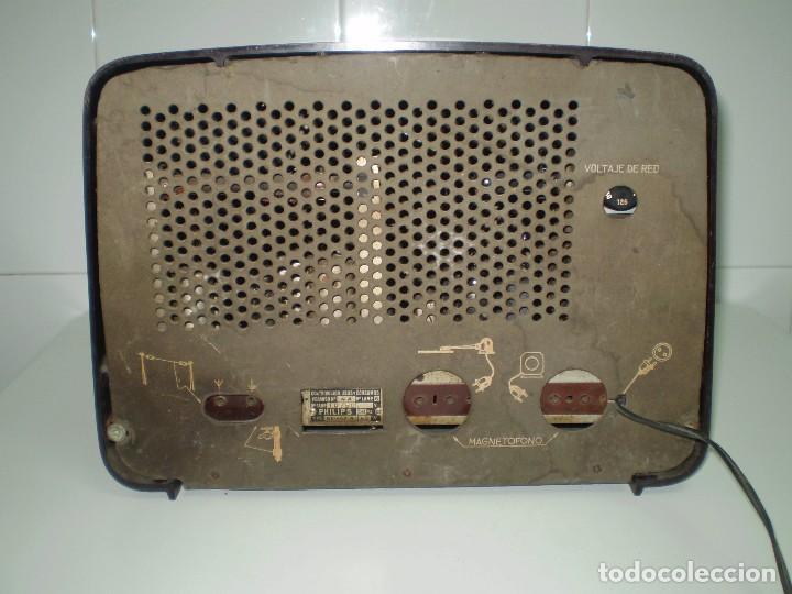Radios de válvulas: RADIO DE VALVULAS PHILIPS MOD-BE452A ¡¡¡¡FUNCIONA!!!!. - Foto 5 - 64393135