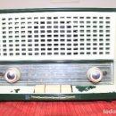 Radios de válvulas: RADIO DE VALVULAS MARCA PHILIPS COLOR VERDE AÑOS 50/60, NO FUNCIONA Y DESPERFECTOS.. Lote 64570679